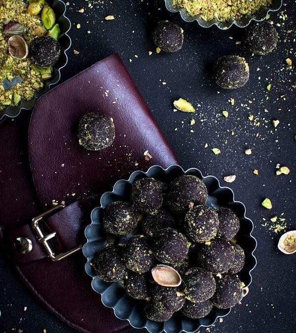 Easy Chocolate Energy Bites Recipe